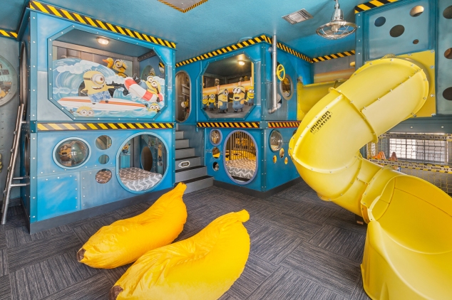 vacation home kids bedroom minion