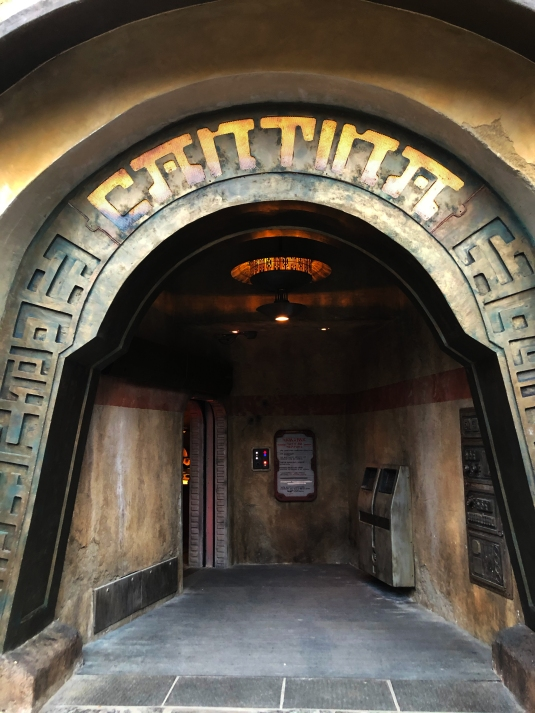 Ogas-Cantina-Entrance.jpg